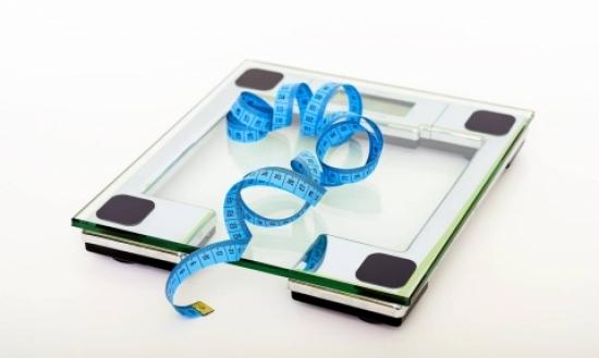 obesità_bilancia